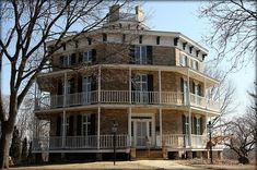 This next site is close to my heart, being both a location of fantastic spiral stairs, an Octagon house, and located in Wisconsin, near where my grandparents once lived. Octagon House, Round Building, Wisconsin, Victorian Architecture, Unique Architecture, Old Mansions, Amazing Buildings, Victorian Homes, Victorian Interiors