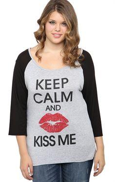 Deb Shops Plus Size Raglan Top with Keep Calm and Kiss Me Screen