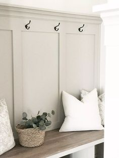 The best modern farmhouse paint colors and stains Favorite white paint colors. Best neutral paint co Coastal Paint Colors, Farmhouse Paint Colors, Bedroom Paint Colors, Paint Colors For Living Room, Light Paint Colors, Paint Colors For Furniture, Neutral Bathroom Paint, Off White Paint Colors, Entryway Paint Colors