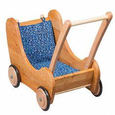 Puppenwagen mit Bremse - Verneuer Massivholz. Besonders liebevoll verarbeitet, mit Biobaumwolle Textil von Westfalenstoffe und sehr stabil. Kippt nicht um und ist ebenfalls als Lauflernwagen / Lauflernhilfe geeignet. Sehr schön.