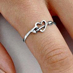 .925 Sterling Silver Ring size 9 Arrow Heart Chevron Ladies Womens Kids New p89…