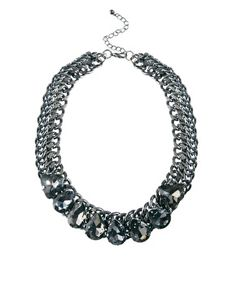 Just Acces Wig Necklace