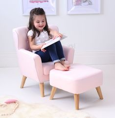 Our New Linen fabric Kids Armchair has been elegantly designed and will look great in your child's bedroom or playroom.