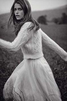 Pull en laine à torsades et jupe en mousseline de soie, LANVIN.