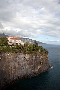 Reid's Palaca in Madeira, #Portugal sits right on the mountain for the best views of the ocean.