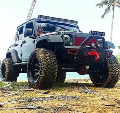 Jeep Sexy Cars, Hot Cars, Beach Jeep, Jeep Jku, White Jeep, Cool Jeeps, Jeep Wrangler Unlimited, Jeep Truck, Jeep Life