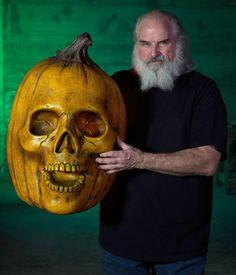 Giant Blazing Pumpkin – Distortions Unlimited Halloween Art, Halloween Pumpkins, Halloween Decorations, Halloween Face Makeup, Flickering Lights, Eye Make, Distortion, Best Part Of Me, Hand Painted