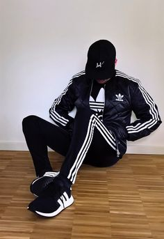 Black&White by deepesh-x Mens Tracksuit Set, Adidas Tracksuit, Adidas Skinny Joggers, Adidas Fashion, Mens Fashion, Black Outfit Men, Young Boys Fashion, Look Adidas, Style Masculin