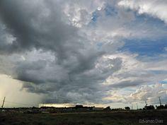 Cortina de chuva chegando a Paranavaí. #MinhaPvai