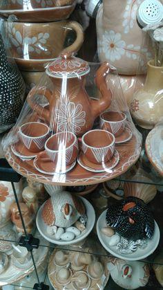 Cerâmica no mercado municipal de Montes Claros