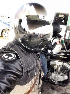 Biltwell Gringo Titanium Helmet with Chrome Mirror Bubble Shield
