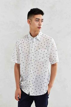Men's Clothing Sale – Urban Outfitters Source by steventkwan Asian Men Short Hairstyle, Asian Man Haircut, Short Hairstyles For Women, Haircuts For Men, Hairstyle Men, Latest Clothes For Men, Clothes For Sale, Mens Clothing Sale, Men's Clothing