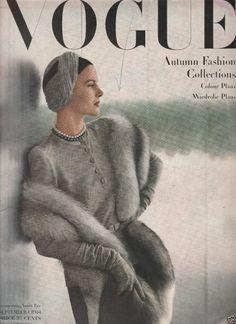 Ideas Fashion Magazine Vintage Vogue Covers For 2019 Capas Vintage Da Vogue, Vogue Vintage, Vintage Vogue Covers, Vintage Glamour, Vogue Magazine Covers, Fashion Magazine Cover, Fashion Cover, 40s Fashion, Fashion Vintage