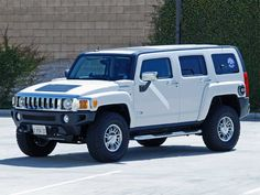 Hummer H3 - my current ride