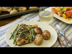 One-pan Greek chicken, roasted with potatoes and green beans, requires minimal attention while it cooks. Desserts Rafraîchissants, Chicken Quarters, Leg Quarters, Lemon Green Beans, Greek Lemon Chicken, Lemon Herb, One Pan Meals, Chicken Recipes, Turkey Recipes