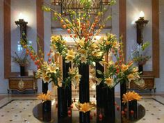 Flowers at the Lobby / Flores en el Lobby del hotel. Four Seasons Hotel Buenos Aires consist of the historic 1920 La Mansión and a modern 1992 tower in the heart of La Recoleta.