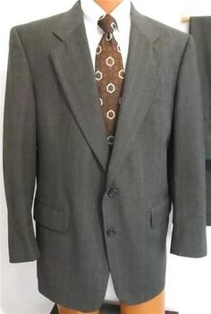 Jos A. Bank Medium-Gray Muted Pinstripe~Fine-Finish Wool~2-Button Men's Suit 43R
