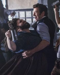 Keala Settle and Hugh Jackman in The Greatest Showman Hugh Jackman, Hugh Michael Jackman, Showman Movie, Trauma, Broadway, The Greatest Showman, Film Serie, Thats The Way, Les Miserables