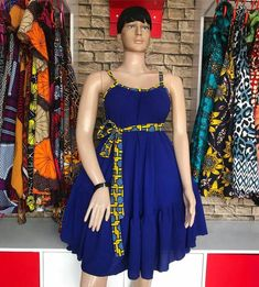 african dress styles Ankara print short dress for women's made with pure wax cotton and a soft fabric two combination the mde this dress look amazing. Perfect outfits for birthdays African Dresses For Kids, Latest African Fashion Dresses, African Dresses For Women, African Print Dresses, African Print Fashion, African Attire, Moda Afro, Africa Dress, African Traditional Dresses
