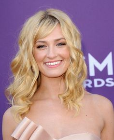 Beth Behrs Photos - Actress Beth Behrs arrives at the Annual Academy Of Country Music Awards held at the MGM Grand Garden Arena on April 2012 in Las Vegas, Nevada. - Annual Academy Of Country Music Awards - Arrivals Hot Haircuts, Trendy Haircuts, Haircuts With Bangs, Short Bob Hairstyles, Hairstyles With Bangs, Hairstyle Ideas, Hair Ideas, Gorgeous Hairstyles, Blonde Hairstyles