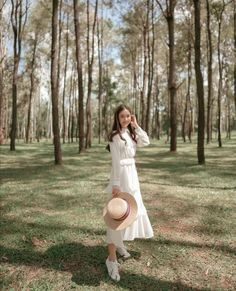 Photo Boots, Dress Skirt, Dress Up, Daily Fashion, Korean Fashion, White Dress, Girly, Fashion Outfits, Photo And Video