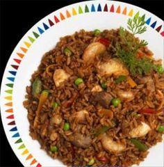 CHAULAFAN | Receta Ecuatoriana I Love Food, Good Food, Yummy Food, Tasty, Latin American Food, Latin Food, Rice Recipes, Mexican Food Recipes, Cooking Recipes