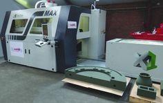 http://gizmodo.com/a-room-sized-3d-printer-will-make-freeform-concrete-des-1688404885