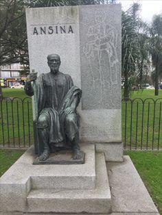 Monumento a Ansina,  compañero de Artigas hasta el exilio y su muerte Montevideo, Garden Sculpture, Buddha, Statue, Country, Videos, Outdoor Decor, Beautiful, Art