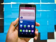 How your next 'flagship' smartphone may cost less than $300 Chinese vendor Alcatel OneTouch wants to redefine the term so it doesn't just refer to premium products like Apple's iPhone.