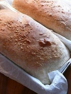 Chleb tostowy dla leniwych Bread Machine Recipes, Polish Recipes, How To Make Bread, Holiday Desserts, Bread Baking, Beets, Hot Dog Buns, Food And Drink, Cooking
