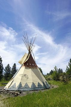 Camping In Tipis With Friends - you can stay in these in Oregon!!
