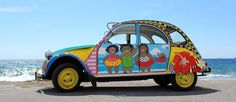 Hippie Car, 2cv6, Happy Paintings, Happy Art, Automotive Art, Car Painting, Color Of Life, Cars And Motorcycles, Vintage Photos