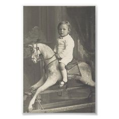 Child and Rocking Horse Antique Rocking Horse, Rocking Horses, Vintage Photographs, Vintage Images, Old Time Photos, Wooden Horse, Antique Photos, People Photography, Vintage Toys