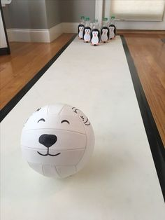 Polar Bear Penguin bowling kids Party Source by kathykeks Penguin Birthday, Penguin Party, Penguin Craft, Birthday Games, Birthday Parties, Winter Crafts For Kids, Winter Fun, Winter Theme, Winter Games