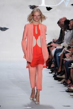 Diane Von Furstenberg Spring 2013 | Fashion Show Photos | NYFW- http://www.focusonstyle.com/fashion-shows/diane-von-furstenburg-spring-2013-princess-dress-google-project-glass/ #nyfw #dvf #spring