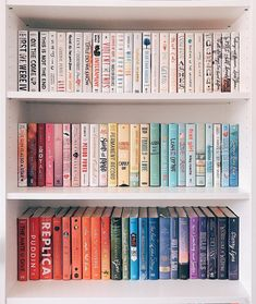 How do you organize your bookshelves? By color, author, size? 📚✨ I went through all my books and completely reorganized my bookshelves… I Love Books, Great Books, Books To Read, My Books, Quiet Books, Book Club Books, Book Nerd, Book Lists, Sala Geek