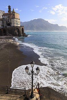 Atrani, cerca de Amalfi, Costa Amalfitana (Costa de Amalfi), patrimonio de la humanidad, Campania, Italia, Europa