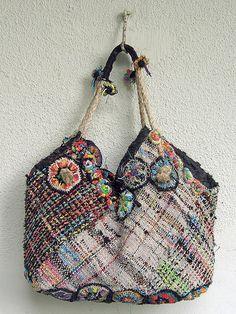 5567a9248c8 335 beste afbeeldingen van gekleurde tassen & manden - Bohemian ...