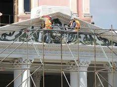 Restauracion: reparicion de una obra de arte o edificio dañado o deteriorado