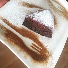 Proteínový koláč - len 4 ingrediencie. - Barbora Gamanová - výživová poradkyňa Tiramisu, Low Carb, Ethnic Recipes, Food, Meal, Essen, Hoods, Tiramisu Cake, Meals