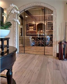 This wine cellar might be a nice compromise between what I want and what husband wants. He loves the old world/Tuscan style and I'm hoping for a little more modern (see pics in previous posts). At the rate we are going with main level remodel we have some time to figure it out 😜. Will probably be tapping into retirement money by the time we get to basement 😂👵🏼👴🏼. 📷credit: unknown via #pinterest. #winecellar #wine #winesday #winedownwednesday #winelover #winetime #basement #interior…