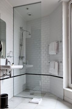 43 ideas bath room design hotel apartment therapy for 2019 Hotel Bathroom Design, Design Hotel, Hotel Bathrooms, Bath Design, Tile Design, Bad Inspiration, Bathroom Inspiration, Interior Exterior, Home Interior