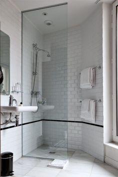 European showering: all one wet room Hotel Emile | Marais | Paris