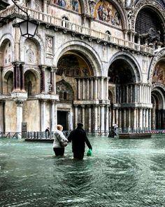 Italy Map, Italy Travel, Italy Winter, Italy Architecture, Italy Pictures, Italy Honeymoon, Italy Painting, Regions Of Italy, Italy Fashion