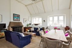 The Old School at Icklesham, sleeps 7, the perfect retreat for family and friends