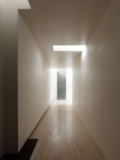 "Minimalist House // A geometric interior light pattern and ceiling detail in the hallway. The ""N"" house by Takato Tamagami Architectural Design. Space Architecture, Contemporary Architecture, Architecture Details, Building Architecture, Installation Architecture, Light Well, Light And Space, Minimalist Interior, Minimalist House"