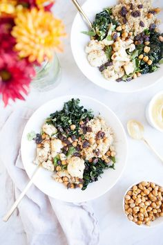 Cauliflower Curry Bowls with Crispy Chickpeas | Vegan, dairy free, gluten free, and vegetarian. | Click for healthy recipe. | Via Loveleaf Co.