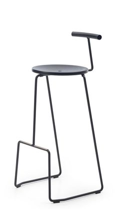 new houses furniture Metal Chairs, Bar Chairs, Dining Chairs, Table Stools, Deco Furniture, Metal Furniture, Furniture Design, Concrete Stool, Velvet Stool