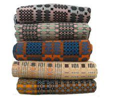 beautiful blankets - genial el color - mas vintage