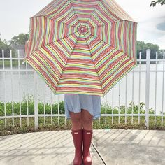 Even when it's a rainy day, you can still look cute. We love this pic, @court_robinsonn!